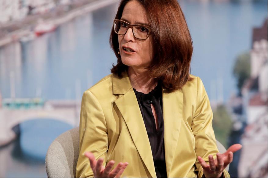 Susanne Vincenz-Stauffacher an der Föderalismuskonferenz 2021 in Basel